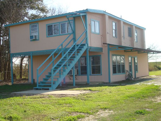 167 smith lane venice la 70091 very nice fish camp or for Fishing camps for sale in louisiana